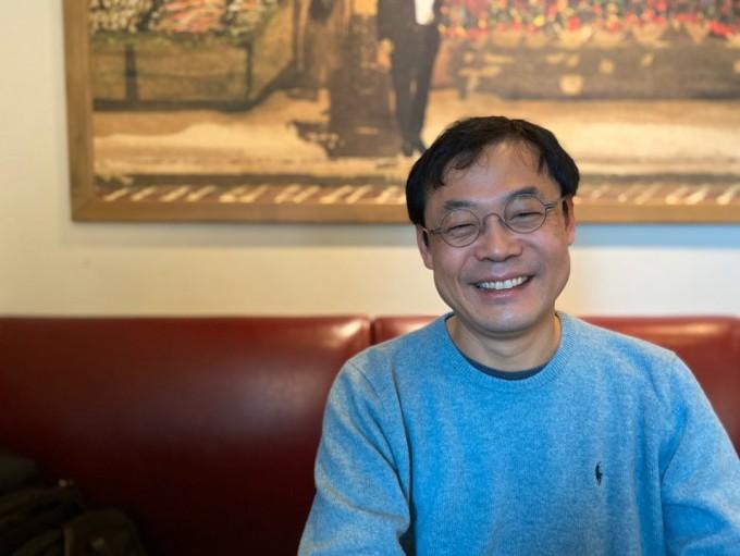 장이권 이화여대 자연사박물관장을 6일 경기 성남의 자택 인근의 카페에서 만났다. 그는 2018년 8월부터 관장을 맡아오고 있다.고재원 기자 jawon1212@donga.com
