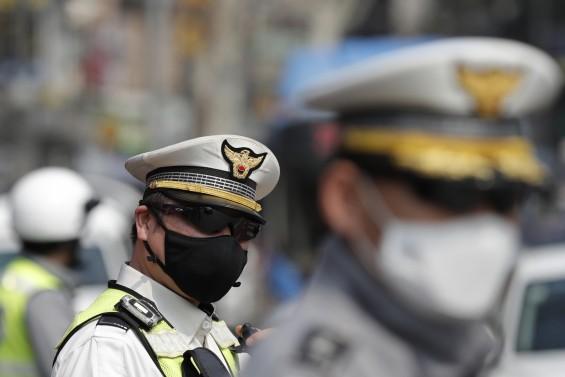 코로나19  사망자 39일만에 없어…서울·경기 꾸준히 늘어, 해외선 전방위 유입