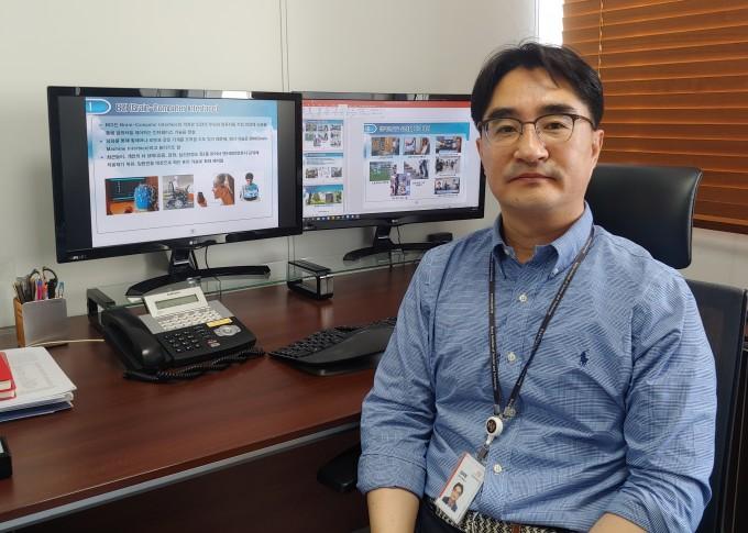 김래현 책임연구원은 ″뇌파를 연구하면 장애인 뿐 아니라 직관적인 제어를 원하는 사람 누구에게나 활용되는 미래가 올 것″이라고 말했다. 조승한 기자 shinjsh@donga.com