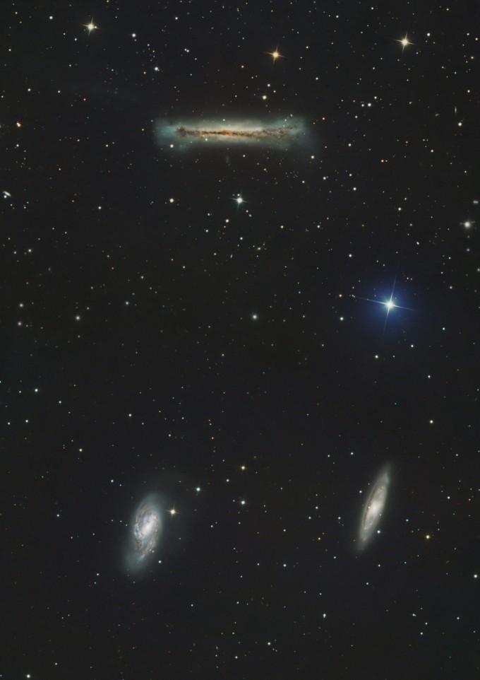 은상 수상작 ′M65 M66 NGC3628 삼중주(임종필)′ 작지만 유명한 M65, M66, NGC3628을 하나의 화각에 담기 위해 모자이크 처리한 사진이다. 천문연 제공