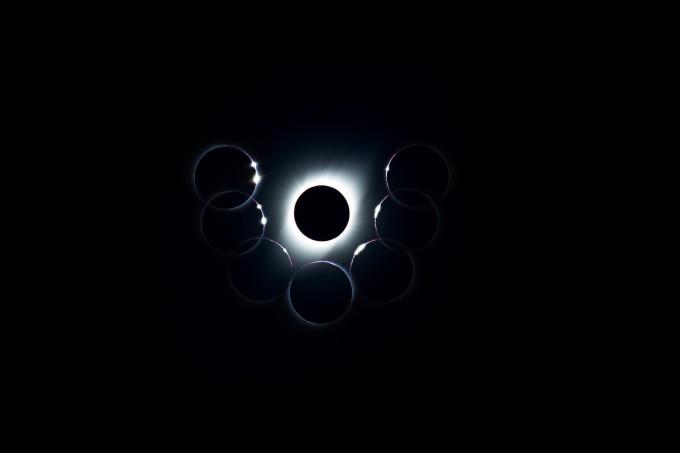 동상 수상작 ′지구인이 받는 가장 황홀한 6개의 다이아반지 (김정현)′. 2019년 7월 2일 칠레 라세레나에서 관측한 개기일식. 가운데의 다이아몬드 반지와 같은 모양은 최대식 순간의 태양이다.  천문연 제공