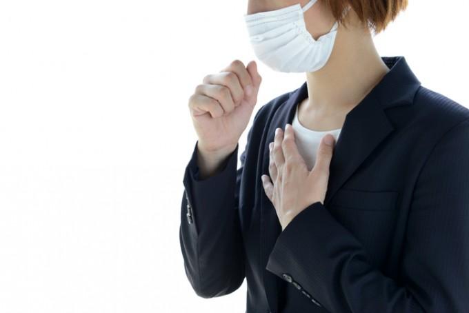코로나19는 호흡기 감염병으로 목소리나 호흡, 기침 패턴에 변화를 주기도 한다. 게티이미지뱅크 제공