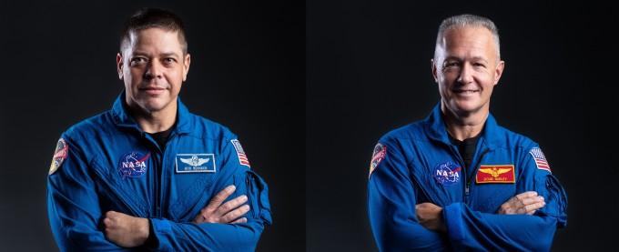 28일 새벽(한국시간) 9년만에 미국 땅에서 이뤄지는 유인 우주선 발사에 참여하는 미국항공우주국 소속 우주인들이다. 왼쪽이 로버트 벤켄, 오른쪽이 더글러스 헐리다. NASA 제공