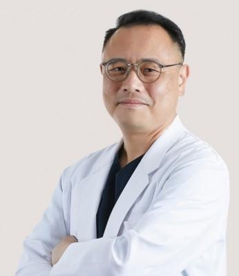 [의학게시판] 3차원 CT를 활용한 안면비대칭 턱교정수술 外