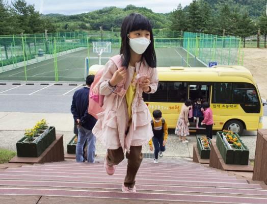 코로나19 환자 하루새 19명 늘어…'무증상' 전파 속 고교생·유치원생 감염 이어져