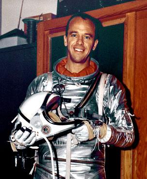 미국의 첫 우주비행사 앨런 셰퍼드의 모습이다. NASA 제공