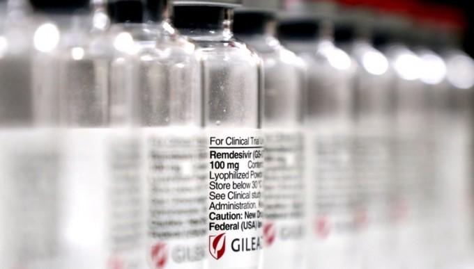 수입된 코로나19 치료제 렘데시비르.  식품의약품안전처는 코로나19 치료제로 개발 중인 렘데시비르에 대한 특례수입을 결정했다고 밝혔다. 연합뉴스 제공