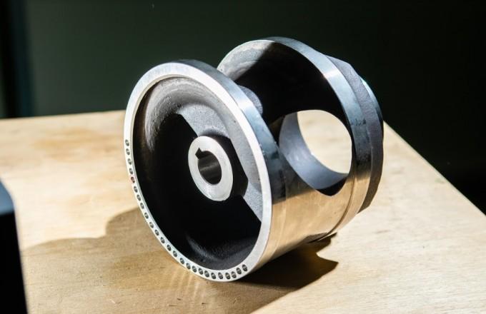 단일채널 펌프에 들어간 비대칭 유로 임펠러. 김 박사는 회전하는 임펠러와 정지해 있는 벌류트 사이의 유체 유발 진동을 최소화할 수 있는 설계 기법을 개발했다. 황해전기는 이를 적용한 단일채널 펌프를 제작했다. 동아사이언스DB