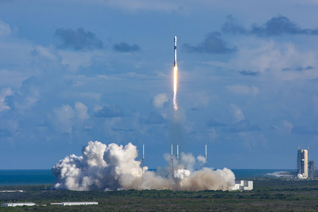 아나시스 2호가 21일 미국 케이프 커내버럴 케네디 우주센터에서 발사되고 있다. 방위사업청 제공