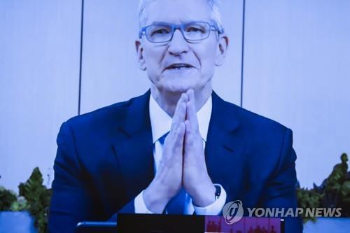 미 IT 공룡 CEO들, 삼성·LG 등 들며