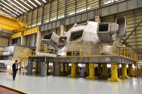 진공용기 첫 번째 섹터인 6번 섹터가 제작 완료된 모습이다. ITER 장치 조립이 시작되면서 처음으로 조립에 들어갈 예정이다. 현대중공업 제공