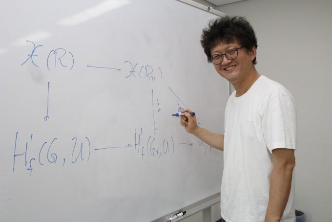 세계 최초 '수학대중화 석좌교수'가 말하는 AI시대의 수학