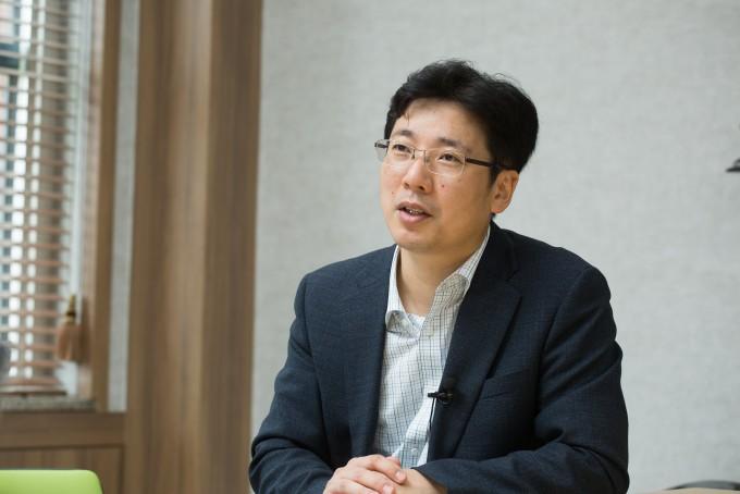 지난달 31일 광주 북구 광주과학기술원(GIST)에서 박성규 GIST 생명과학부 교수를 만났다. 그는 지난 6월 9일 문을 연 항바이러스연구센터의 장을 맡고 있다. 동아사이언스DB