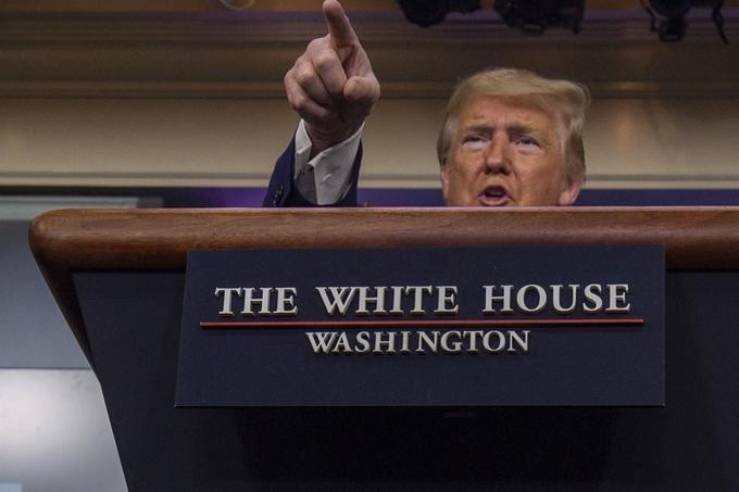 도널드 트럼프 미국 대통령이 5일 워싱턴 백악관에서 열린 코로나19 관련 브리핑에서 발언하고 있다. 워싱턴 UPI /연합뉴스 제공