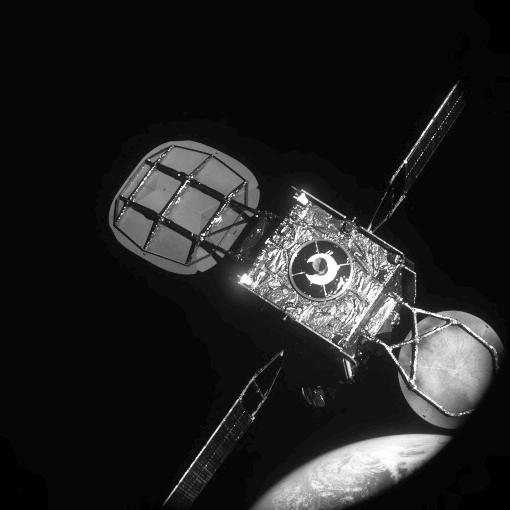 노스롭 그루먼의 ′임무 연장 위성(MEV)-1′이 올해 2월 인탤샛의 위성 ′인탤샛 901′과 도킹을 위해 접근하는 모습이다. 노스롭 그루먼 제공