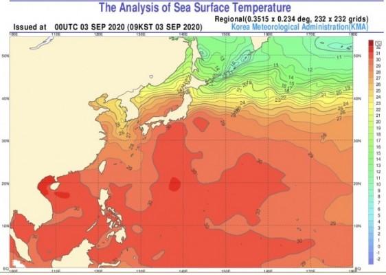 10호 태풍 '하이선' 따뜻한 바닷물서 힘 키운다