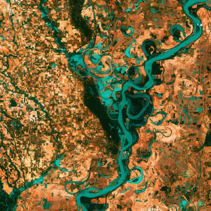 랜드샛이 미시시피강 주변을 촬영한 영상이다. NASA/미국지질조사국 제공