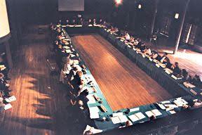 1975년 재조합 유전자 연구의 위험성과 안전한 연구를 위해 소집된 아실로마 회의의 모습이다.  서던 캘리포니아대 제공