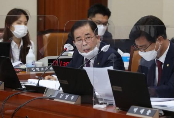 월성1호기 조기 폐쇄·원안위원 중립성 논란(종합)