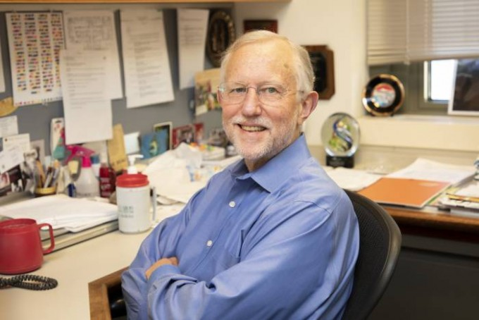 찰스 라이스(68) 미국 록펠러대학교 교수. 록펠러대 제공