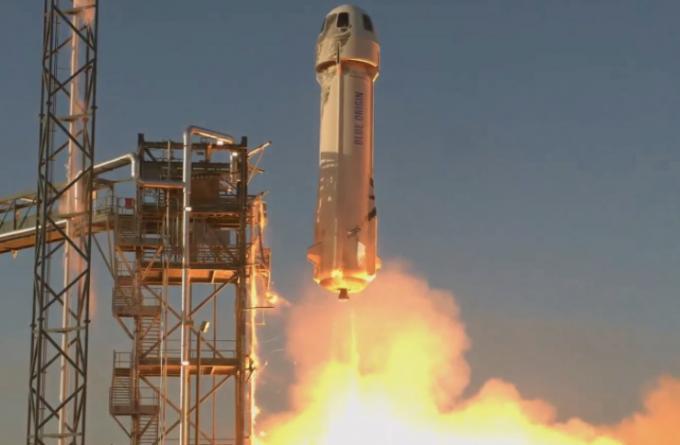 블루오리진의 재활용 로켓 뉴 셰퍼드3가 발사되고 있다. 블루오리진 제공.