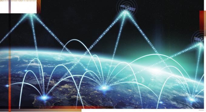 아마존웹서비스(AWS)는 2019년 5월 클라우드 기반 인공위성 데이터 다운로드 서비스인 '그라운드 스테이션(Ground Station)'을 세상에 내놨다. 그라운드 스테이션을 이용하면 정보 저장과 처리에 비용이 많이 드는 위성 데이터를 쉽게 내려받을 수 있다. 전 세계 날씨 데이터를 클라우드로 분석해 기상 예측을 하는 등 다양한 분야에 활용될 전망이다. 과학동아DB