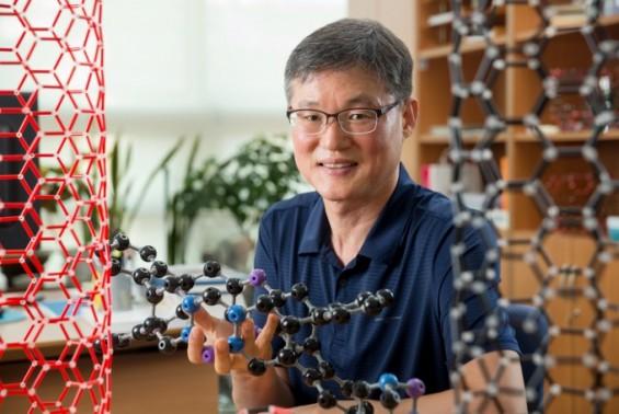 세계 최초 플라스틱 자석 만든 백종범 교수 '이달의 과학기술인상'