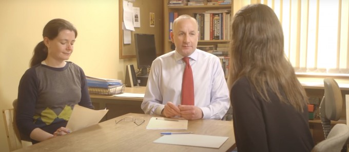 케임브리지대학교가 제작한 입시 면접 홍보 동영상 캡쳐