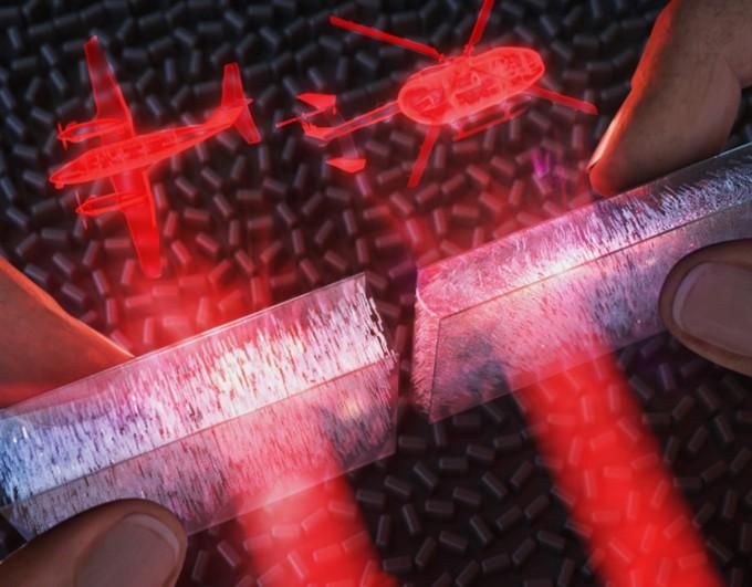 손가락 터치만으로 홀로그램 이미지를 변조하는 장치 모식도. 압력감응형 액정 기반 광변조기를 이용해 가벼운 손가락 터치만으로 매우 빠르게 홀로그램 이미지를 스위칭 할 수 있다. 노준석 교수 제공.