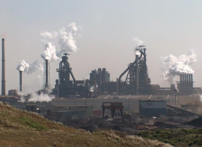 네덜란드의 한 제철소. 위키피디아 제공