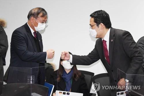 '의정협의체' 곧 가동되나…복지부·의협, 논의 본격 착수(종합)