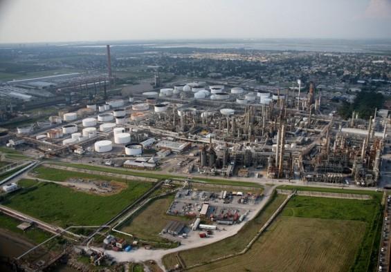 [산업미래전략 2030]바이오헬스 산업은 큰 기회,석유화학 시장 친환경은 화두