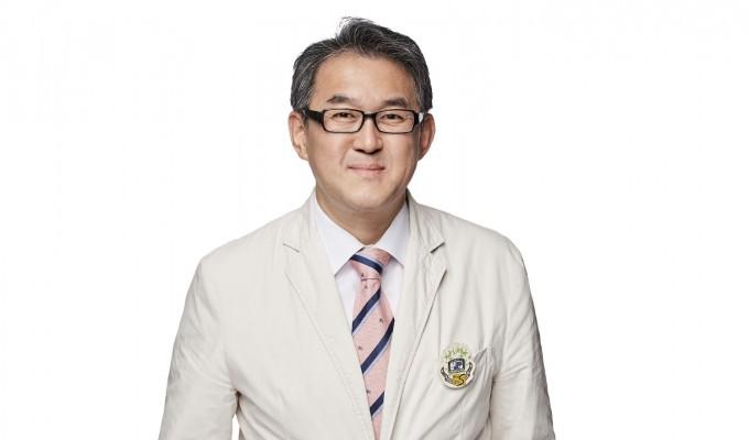 김완욱 서울성모병원 류마티스내과 교수. 서울성모병원 제공
