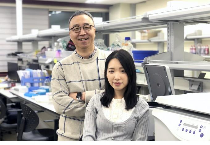 신근유 교수와 김은지 박사과정생. 포스텍 제공