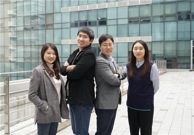 연구에는 이수안 박사과정생, 이재중 박사과정생, 우충완 교수, 김홍지 박사과정생(왼쪽부터)이 참여했다. 성균관대 제공