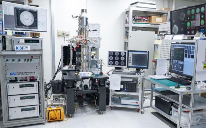 日·美 업체는 개발 안 하는 투과전자현미경 국산화 성공