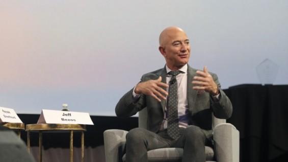 제프 베이조스 아마존 CEO 내려놓는 이유…'우주사업 집중하려고'