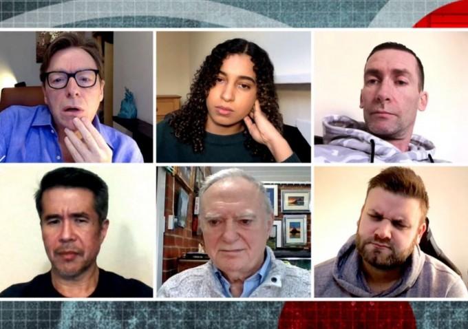 참가자 8명 중 6명이 안티백신 영상을 보고 있다. BBC 제공