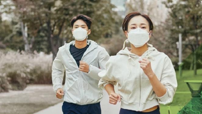 운동을 통해 코로나 블루를 이겨낼 수도 있다. 중국 칭화대 연구팀은 코로나19로 인한 봉쇄 기간동안 운동을 한 대학생들의 부정적 감정이 감소했다는 조사 결과를 보고했다. 게티이미지뱅크 제공