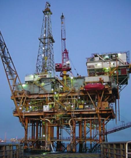 해저 퇴적층에서 석유를 뽑아내는 해상 유전 설비. 위키미디어 제공