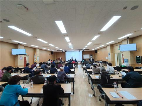 국립중앙과학관이 진행한 전통과학대학 참여자들이 강의를 듣고 있다. 과기정통부 제공.