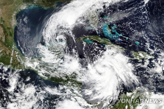 2020년 10월 허리케인 ′델타′가 미국 루이지애나주에 접근하고 있다. 연합뉴스 제공