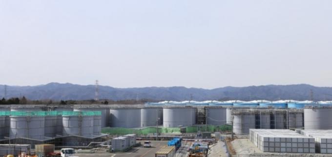 폐로 작업이 진행 중인 후쿠시마(福島) 제1원전 내부에 있는 오염수 탱크의 모습. 연합뉴스 제공