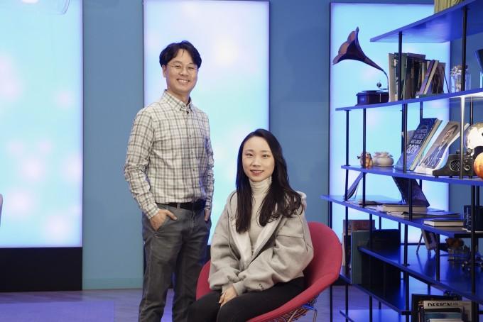 김건태 UNIST 교수(왼쪽)와 성아림 연구원. UNIST 제공.