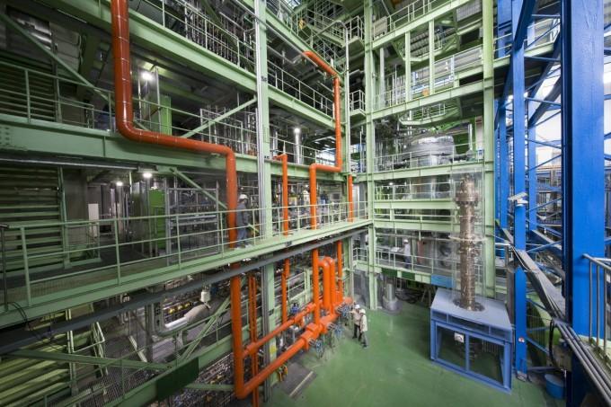 한국원자력연구원이 자체 기술로 설계해 운영 중인 '가압경수로 열수력 종합효과실험장치' 아틀라스(ATLAS)를 이용해 국제공동연구를 수행한다. 한국원자력연구원 제공.