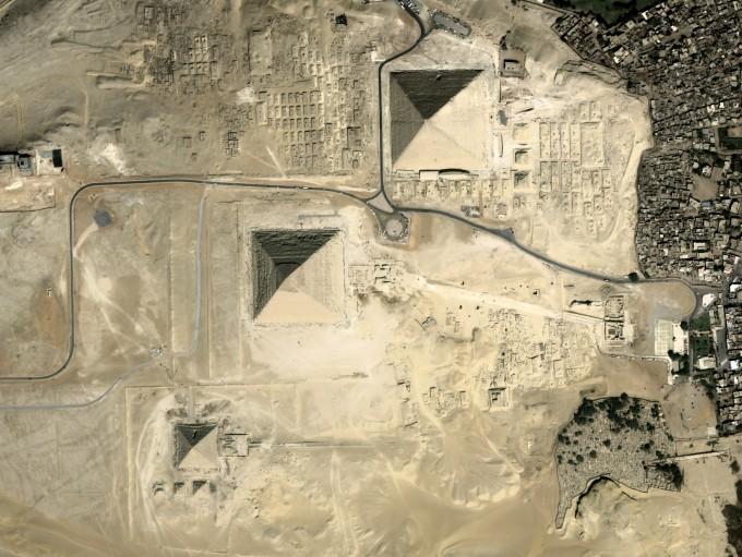 차세대중형위성1호가 촬영한 이집트 피라미드. 과기정통부 제공.