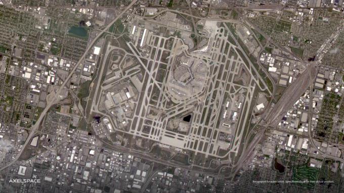 GRUS-1E로 촬영한 미국 시카고 공항. 악셀스페이스 제공