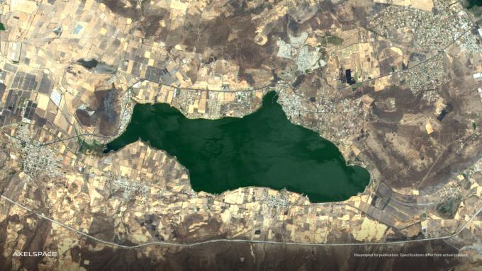 GRUS-1C로 촬영한 멕시코 지역 호수. 악셀스페이스 제공