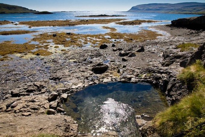 아이슬란드의 헤들뤼뢰이그(Hellulaug) 온천. Visit Westfjords  제공