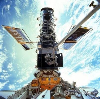 '서른한살' 허블망원경 1980년대 컴퓨터 고장으로 또 관측 중단